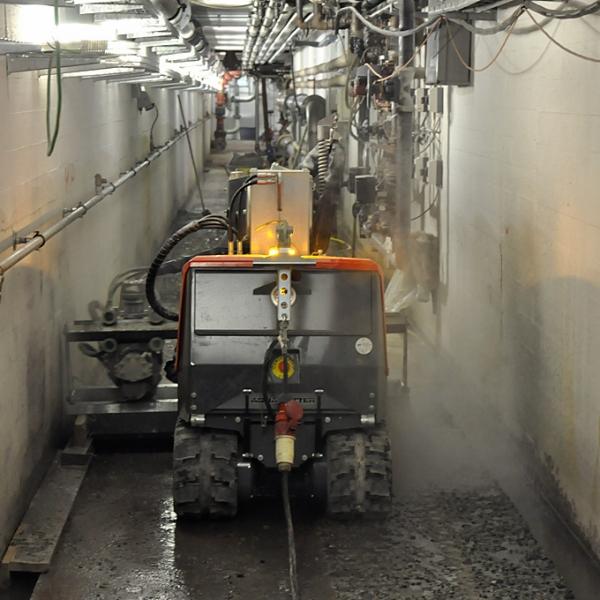Hydrodemolition Robot narrow tunnel concrete repair