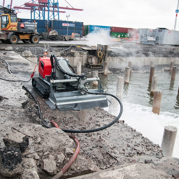 Hydrodemolition Robot harbor concrete repair